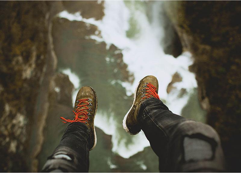 לקפוץ למים